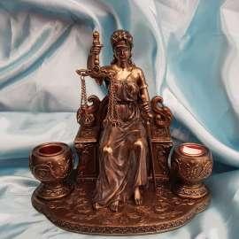 DIOSA DE LA JUSTICIA TEMIS